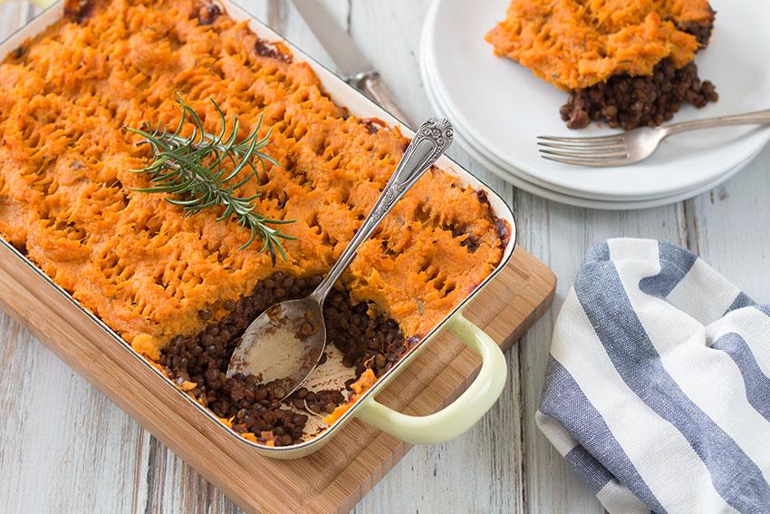 Vegan shepherds pie with sweet potatoes the healthy tart vegan shepherds pie with sweet potato mash forumfinder Images