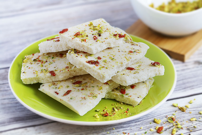 coconut bark with pistachios