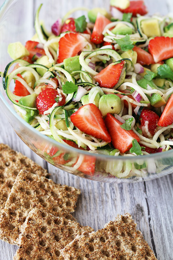 courgette, avocado and strawberry salad portrait
