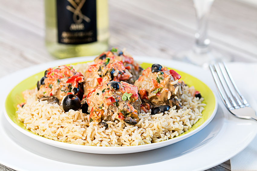 Mediterranean meatballs with a twist