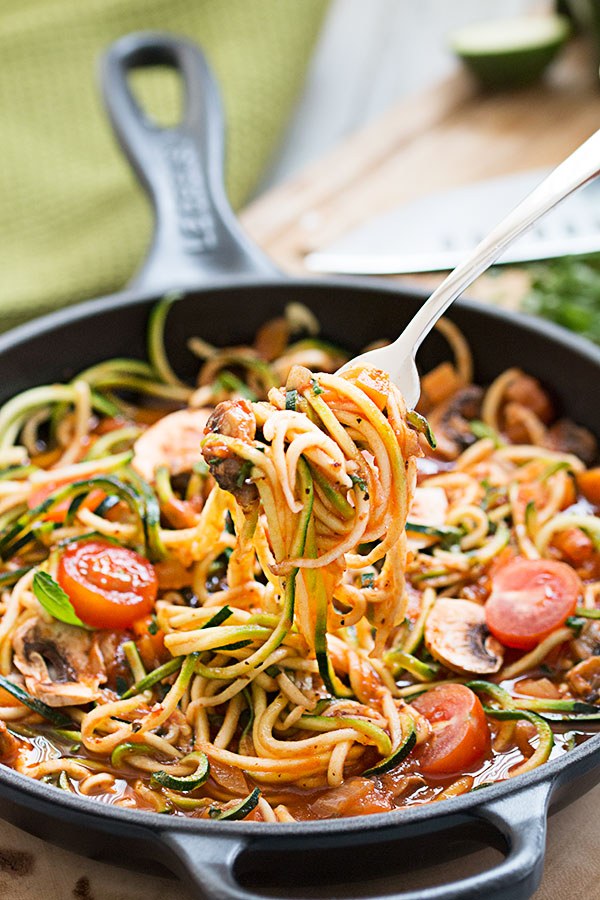 zucchini noodles with fork