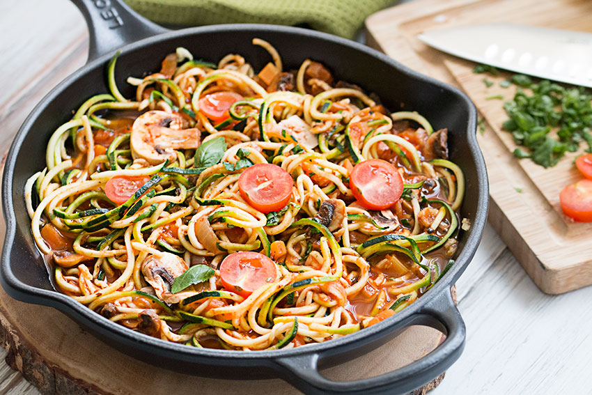 zucchini noodles with tomato vegetable sauce