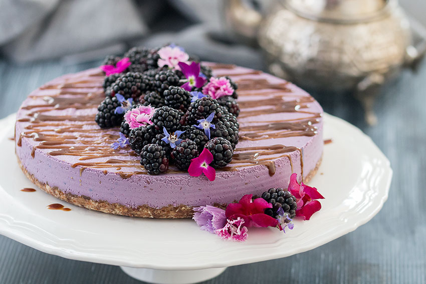 Vegan, No-Bake Blackberry Cheesecake