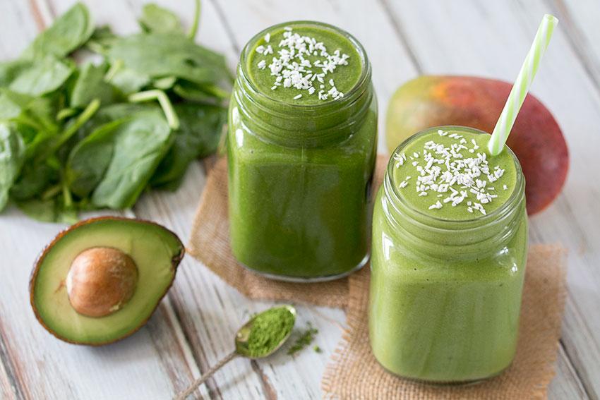 Mango Matcha Green Smoothie