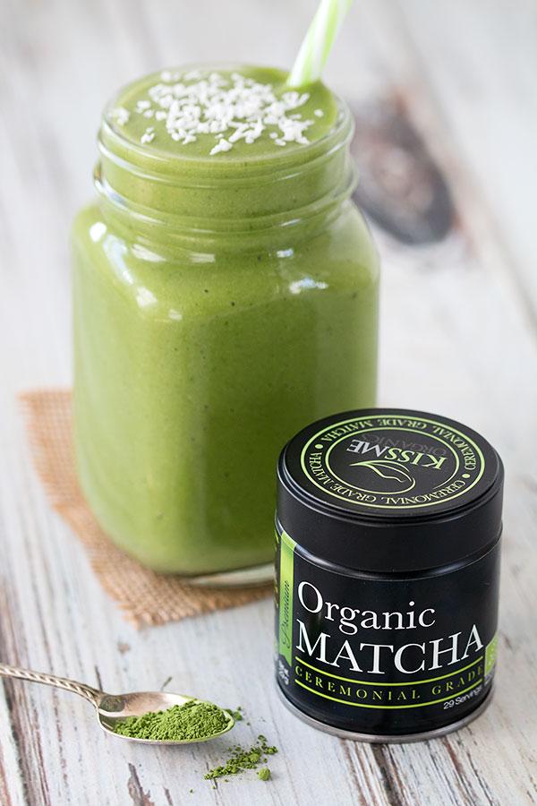 Mango Matcha Green Smoothie with Ceremonial Matcha